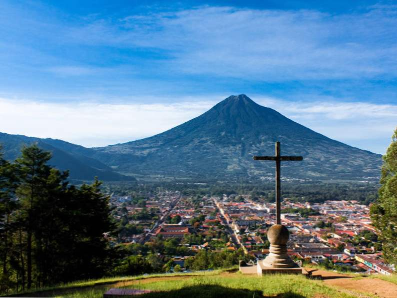 top 14 attractions to visit in central america 2