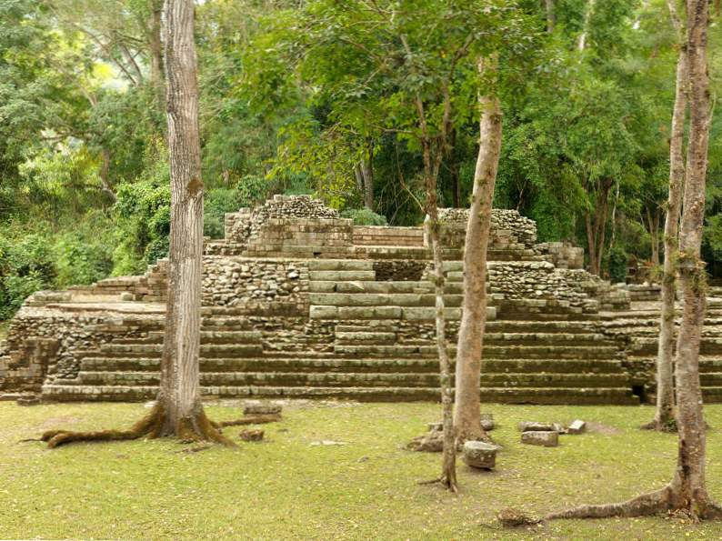 top 14 attractions to visit in central america 8