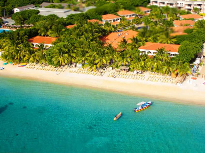 top 15 resorts in roatan honduras